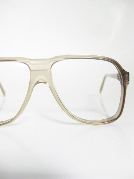 85 Best Celebrities in Glasses images | Eyeglasses, Eye ...