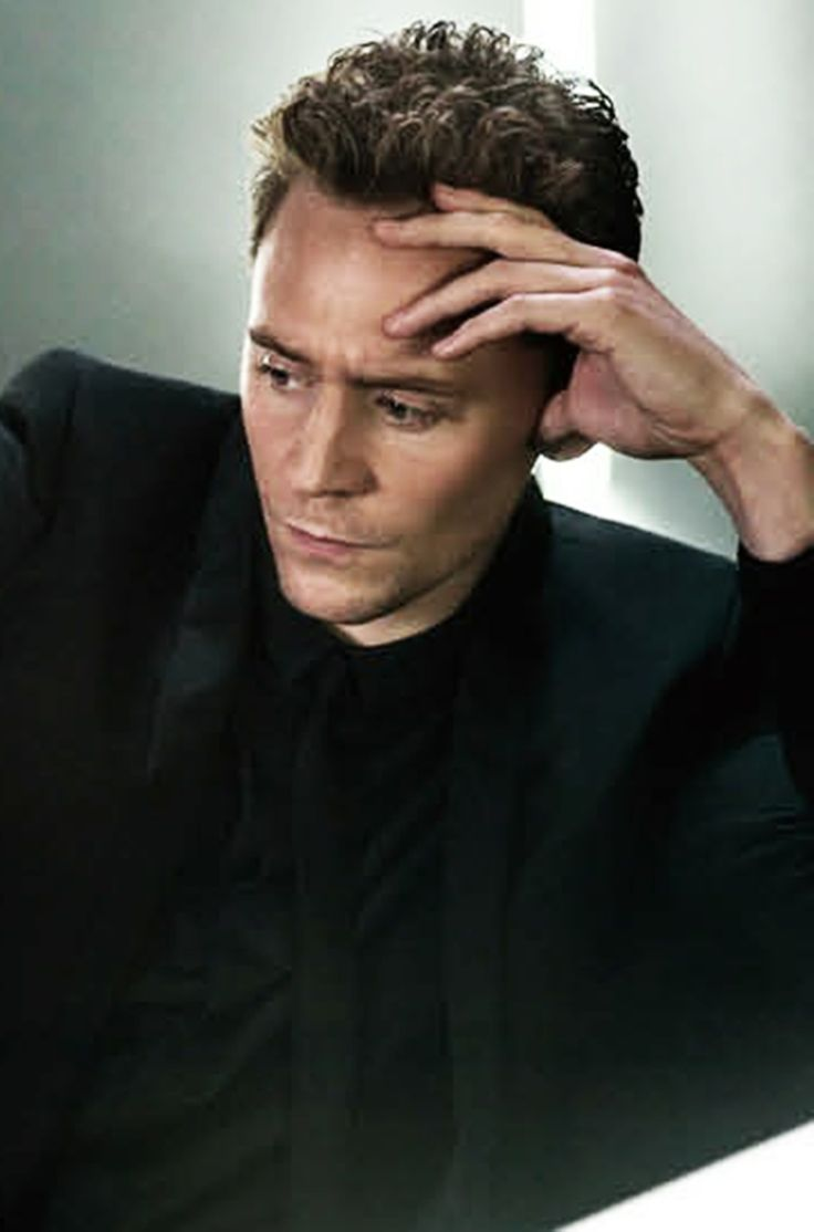 Tom Hiddleston - perfection>>dont mind me, I'll just be in the corner sobbing for eternity because I'll never be in bed with this fricking god among men.