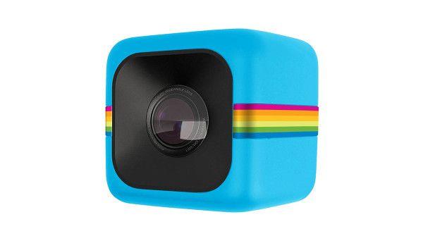 Polaroid Cube, la sfida colorata a GoPro http://www.sapereweb.it/polaroid-cube-la-sfida-colorata-a-gopro/  Polaroid Cube (Foto: Polaroid)  La prima apparizione è stata allo scorso Ces di Las Vegas. Ora sbarca invece sul mercato, preordinabile su Photojojo a 100 dollari, con consegne a partire dal prossimo 20 settembre. Parliamo di Polaroid Cube, la coloratissima action camera della storica...