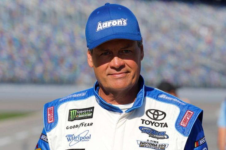 15 drivers who've left NASCAR since 2010  -  April 26, 2017:    MICHAEL WALTRIP  -    The 2017 Daytona 500 was the final race for Waltrip, who had won NASCAR's biggest race in both 2001 and '03. Waltrip, now a fixture on FOX's NASCAR coverage, finished eighth in this year's 500.
