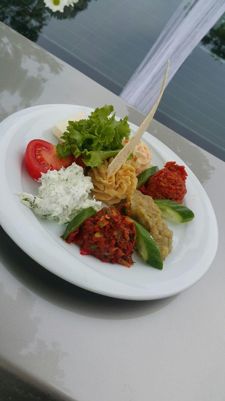 Türk meze tabağı