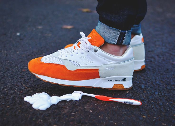 new balance 1500 men orange