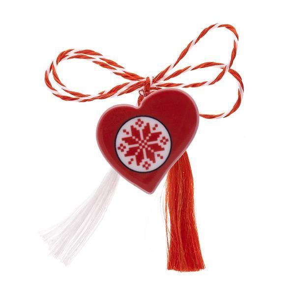 Broșă mărțișor tip pin Tradiție în Inimă
