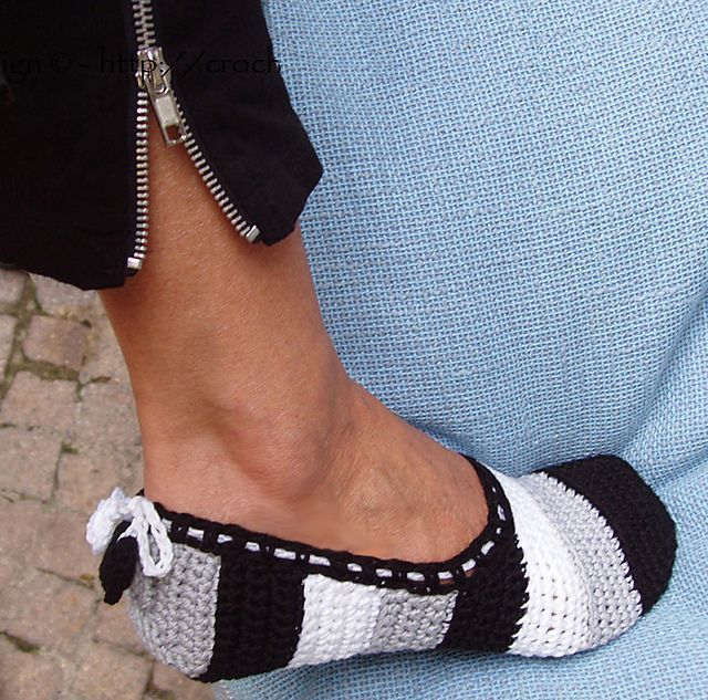 Ravelry: Black & White Slippers with Hearts - Part 1 of How to turn crochet slippers into street shoes. Pattern by Ingunn Santini.