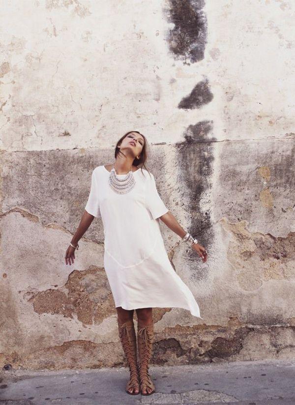 Love her style!! Via Coco + Kelley