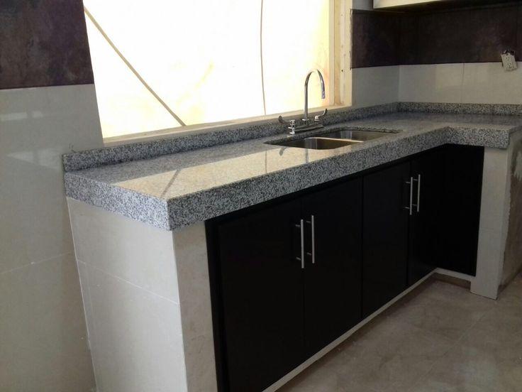 Cocina de granito con madera...Pide Tu Presupuesto ¡GRATIS! y Comprueba que con Arquitectos Expertos es Mas Barato y Seguro 📞(229) 9394327, Whatssap 2299840561 #ExpertosEnRemodelaciones www.myrconstrucciones.mx @myrconstructor @remodelacionesmyr