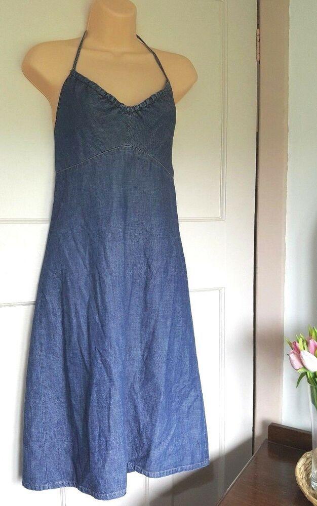 5d951130ed  DenimDress Gap Blue Denim Chambray Strappy Halter Neck Dress Size 8 Summer  Sun Holiday - Denim Dress  19.40 End Date  Friday Mar-8-201…