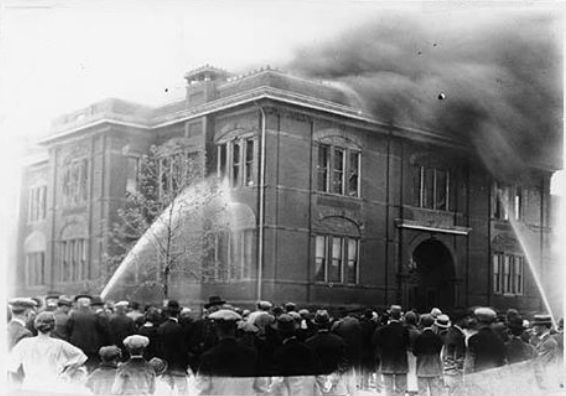 Marion High School in Marion Indiana catches fire on March 25, 1906. Photo courtesy Marion Public Library.