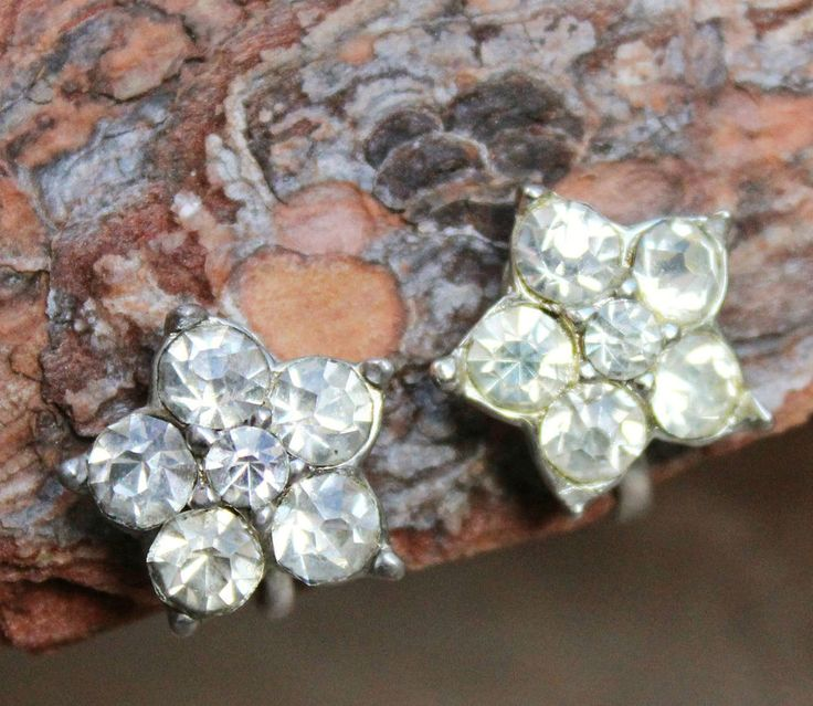 Vintage 50s Rhinestone Flower Screw-in Earrings Costume Jewellery Retro Silver