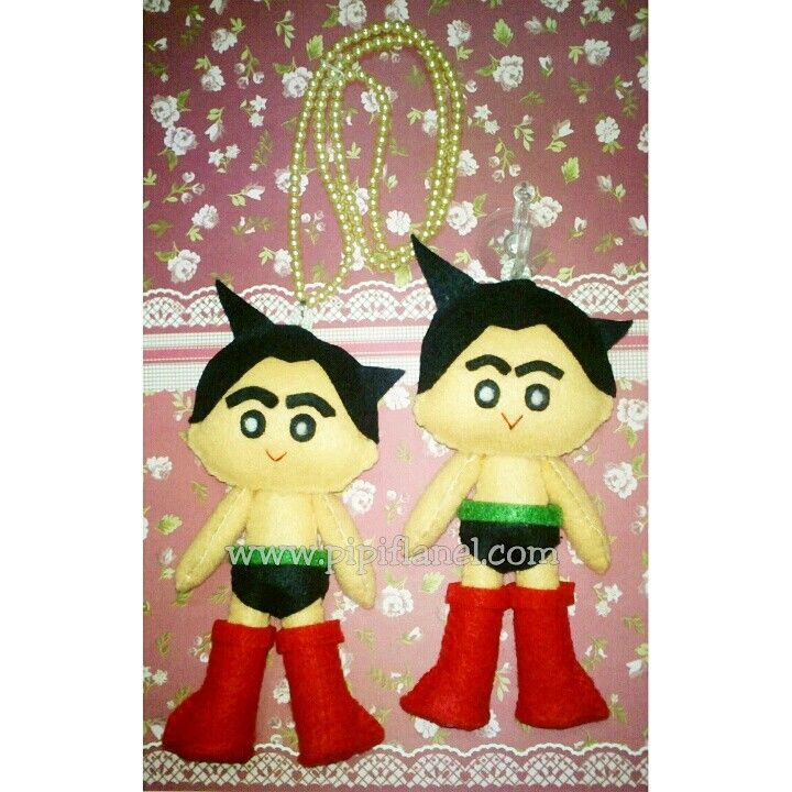 Astroboy Feltdoll made by Pipi Flanel.. Wanna see our feltdolls collection? Please visit our website at www.pipiflanel.com thank you :)