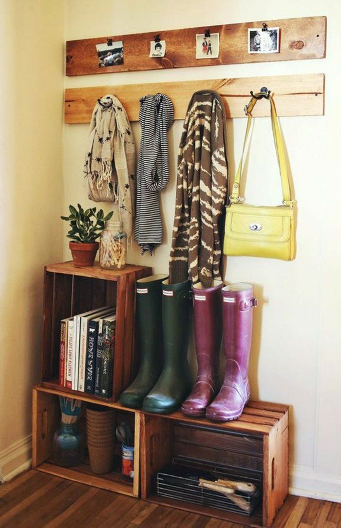 25 best ideas about cagette bois on pinterest for Idee amenagement couloir entree