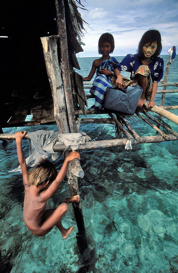 Bajau Sea Gypsies, Sulu Sea, Philippines