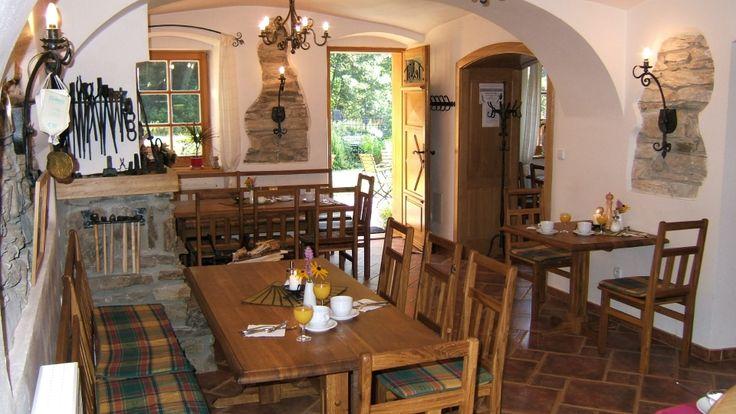 Restaurace - Penzion Kovárna, Horní Lipová
