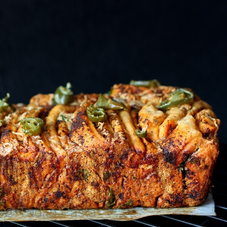 Chile-kissed Cheese-filled Pull-apart Loaf | Tadka Pasta