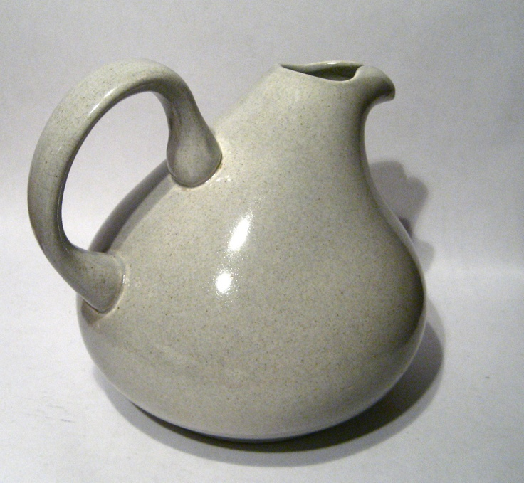 17 best images about pitchers vintage on pinterest kitchenware ceramics and vintage - Russel wright pitcher ...