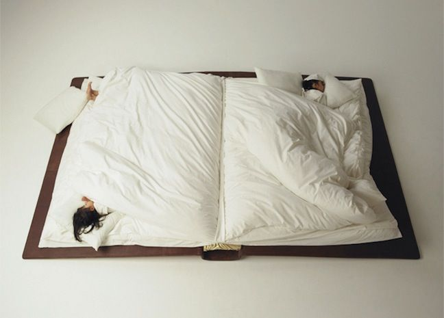 Sweet dreams ~♥~ Book Bed Photographer Yusuke Suzuki created a book bed