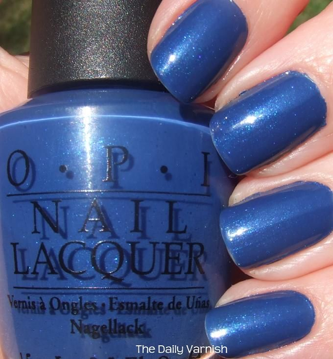 opi dating a royal vs essie mesmerize