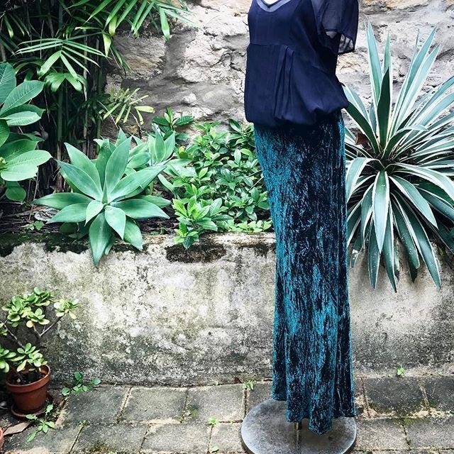 Emerald Green bias cut silk velvet skirt...#emeraldgreen #biascut #silkvelvet #skirts
