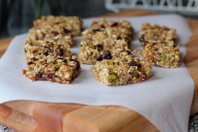 Soft Baked Oatmeal Bars-taste horrible but my 2 yr old liked them (6/28/14)