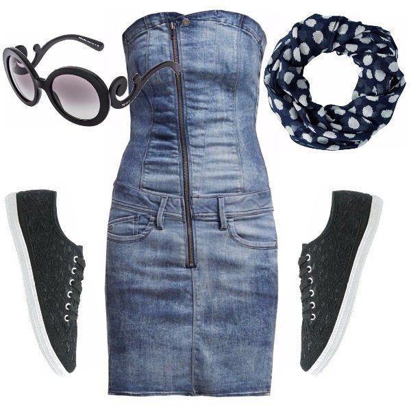 Holà chica, hai voglia di un look casual ma che sia anche sexy e fashion? Ecco ti accontento subito con un mini abito in jeans senza spalline , un foulard a pois, delle sneakers ricamate e occhiali Prada.
