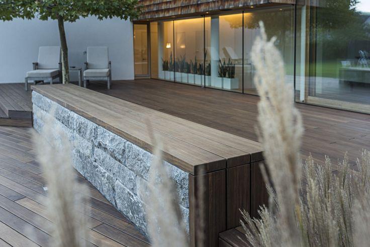 Tre-terrasse utenfor privat bolig i Østerrike