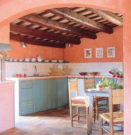 Cocina con techo de obra abovedado