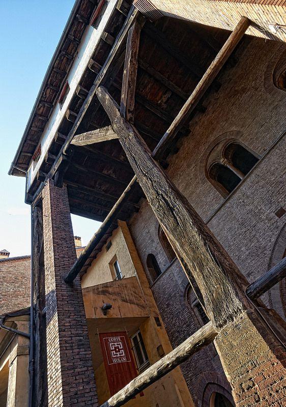 I portici di Bologna visti da Claudio Alba: Portico_Casa_Isolani