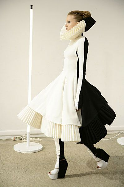 Black & White Drama - dark & light dress with sculptural Elizabethan pleat detail; fashion as art // Gareth Pugh