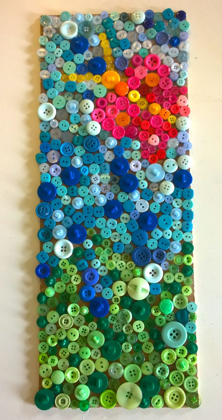 To make your own Button Mosaic click on the one below!