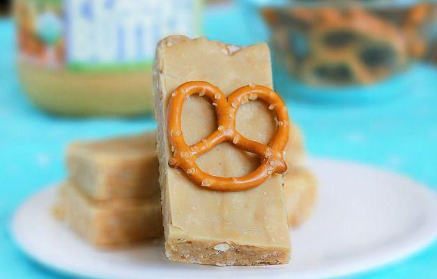 no-bake pb pretzel bars: Pb Pretzels, No Bak Peanut, Peanut Butter Pretzels, Nobak Peanut, Foodhealthi Stuff, Pretzels Bar, Favorite Recipes, Copycat Recipes, Luna Bar