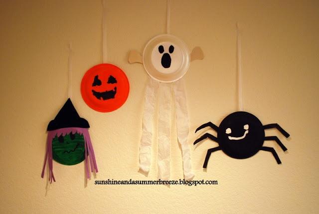 Sunshine and a Summer Breeze: Halloween paper plate craft