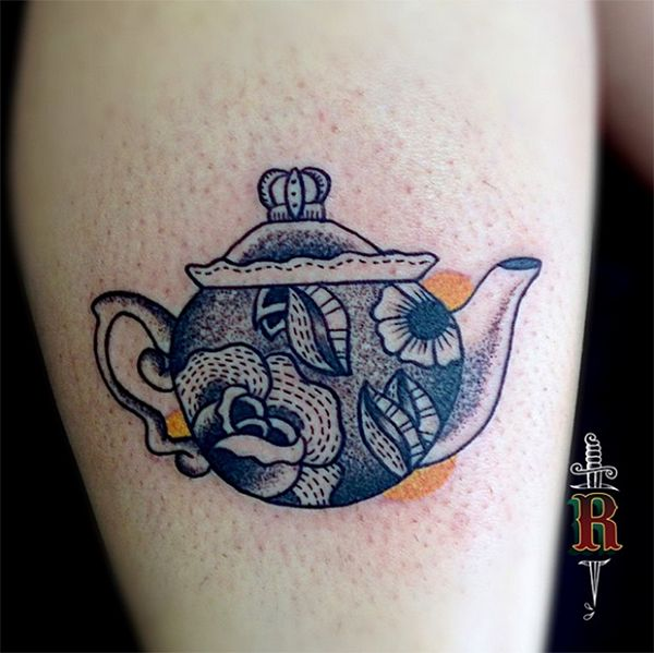 Realistic Teapot Design. This gorgeous teapot design is an inspiration.