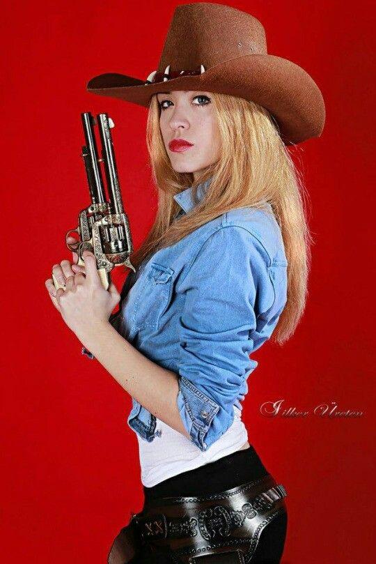 Sexy Lady Gunslingers 83