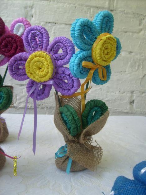 Como hacer flores de papel crep archivos mundo - Como hacer manualidades ...