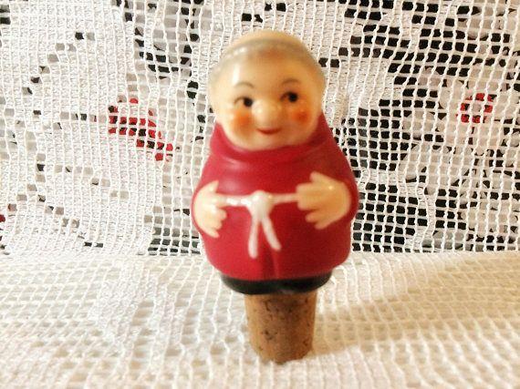 Goebel cardinal tuck bottle stopper / red robe friar tuck