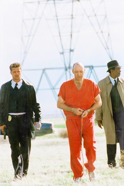 Seven..........................................  Brad Pitt - Morgan Freeman - Kevin Spacey
