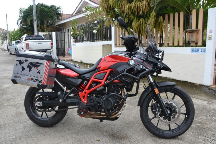 For Sale is a really new BMW F 700 GS from 2016  - Just 2600KM - 11 Month Full Insurance / 19.000 THB - TOURATECH Headlight Protection / 3000 THB - TOURATECH