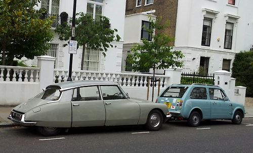 Vintage cars in Notting Hill from www.atthepinkhouse.tumblr.com