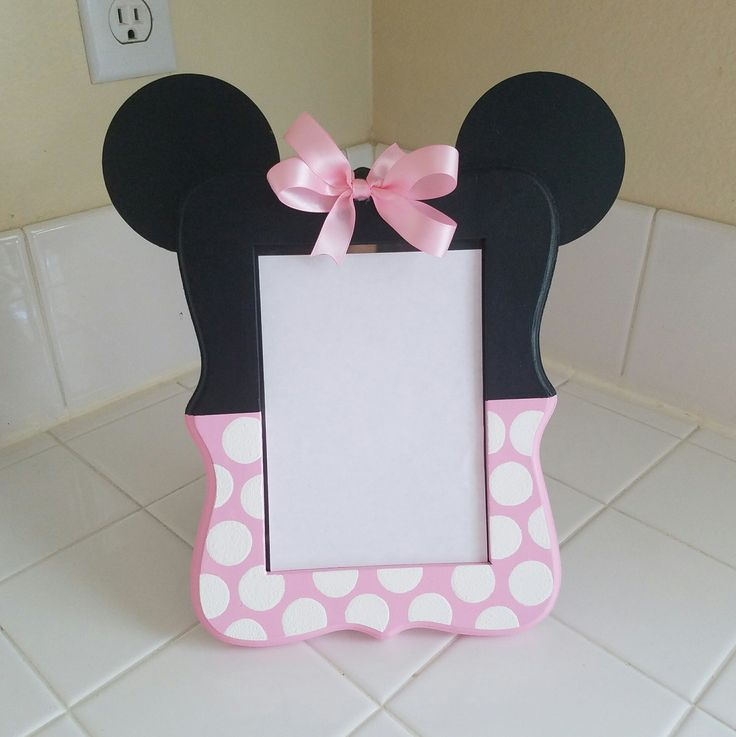 Minnie mouse inspired wood picture frame, 5x7 picture frame, birthday decor, room decor, first birthday, Minnie mouse birthday, choose color by KinzleysBowtique on Etsy