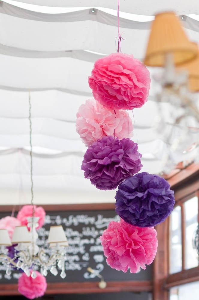 Dia's wedding - I love paper decoration, brings me the zazazoom feeling:)))))