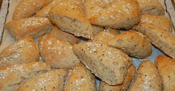 Foto: Sara B. Clausen   Når jeg bager vil jeg helst lave, så der er både til morgenmad, madpakker og til at komme i fryseren til en anden ...