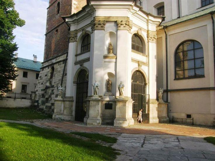 Zatrzymać świat: Bazylika Grobu Pańskiego - Miechów (woj. małopolskie, pow. miechowski, gm. Miechów)