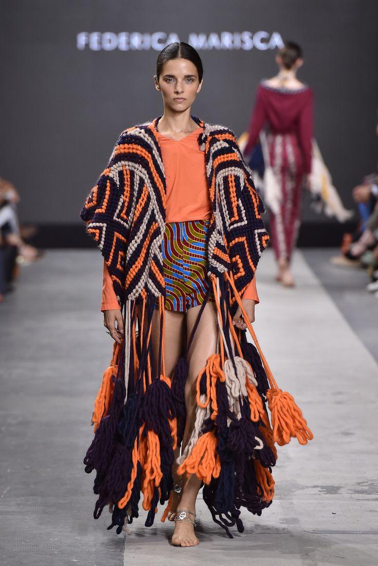 Collection: Ubuntu Fashion Designer: Federica Marisca Event: MilanoModaGraduate by Piattaforma Sistema Formativo Moda e Camera Nazionale della Moda Italiana