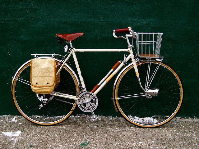 10. 1977 Raleigh Grand Prix Roadster  #Hub #Geared #Vintage #VintageBikes #WhiteandBrown #Bicycle #VintageBicycle #RetroBike #Retro #RetroBicycles #BikeRide #BicyclesUK #BikesUK #InternationalBikes #Raleigh #RaleighBike #RaleighBicycle #VintageRaleighBike #RetroRaleighBike