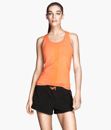 H&M Pantalones cortos deportivos 17,99 €