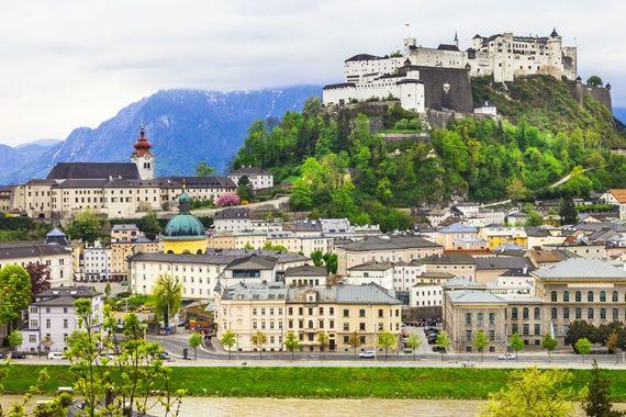 Călătorii în luna mai: 15 festivaluri și sărbători în Europa