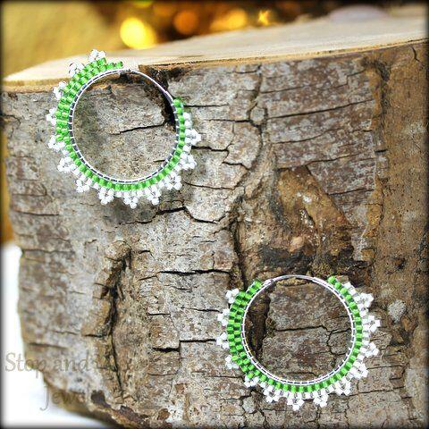 Get in spring mood with a pair  of beaded silver earrings  Nyhet ! Øreringer i sølv med perler  www.stopandwearjewelry.no www.stopandwearjewelry.dk www.stopandwearjewelry.com