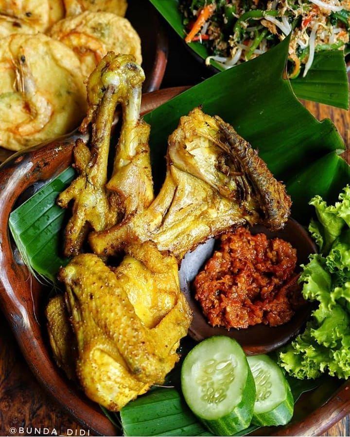 Resep Ayam Goreng Gurih Instagram Foodishpedia Resepmasakannusantara Resep Ayam Ayam Goreng Resep Makanan Asia