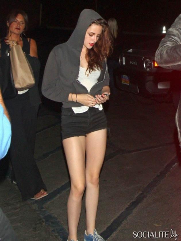 Kristen Stewart (again)...legs ♥ | Beauty | Pinterest Efron