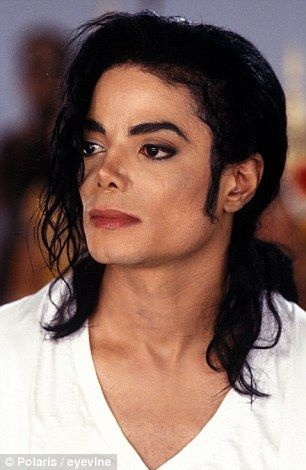 How Michael Jackson destroyed his looks in 100 operations   Daily ...